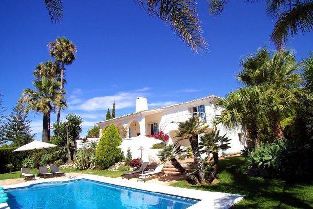 Thumbnail Villa for sale in El Rosario, Marbella, Málaga, Andalusia, Spain