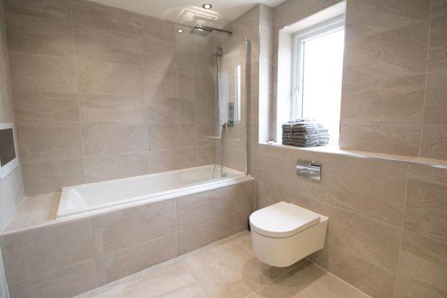 Family Bathroom of Mere View, Astbury Mere, Congleton, Cheshire CW12