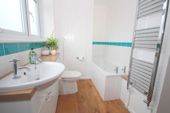 Bathroom of Rectory Close, Ashington RH20