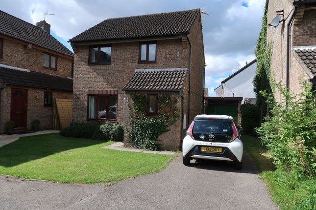 Thumbnail Detached house to rent in Cosmeston Drive, Penarth