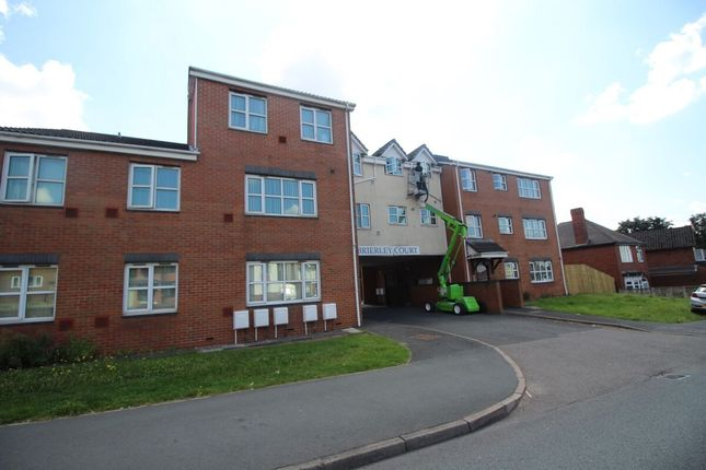 2 bed flat to rent in Thorns Road, Brierley Hill DY5
