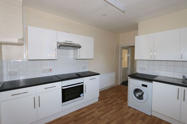 Thumbnail Semi-detached house to rent in Lindsey Road, Becontree, Dagenham