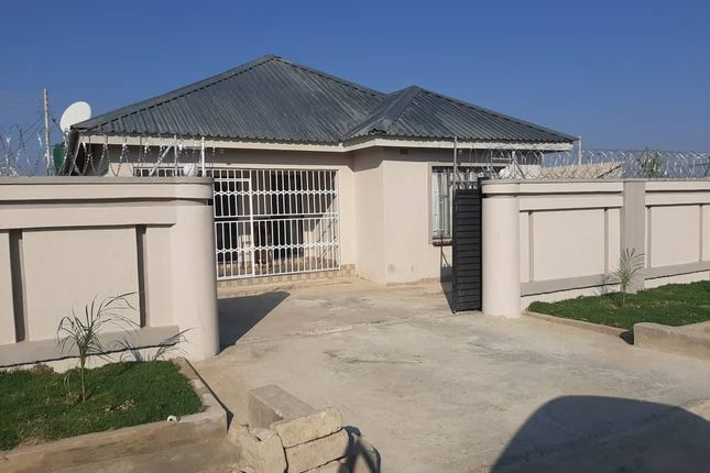 Thumbnail Detached house for sale in Budiriro, Harare, Zimbabwe