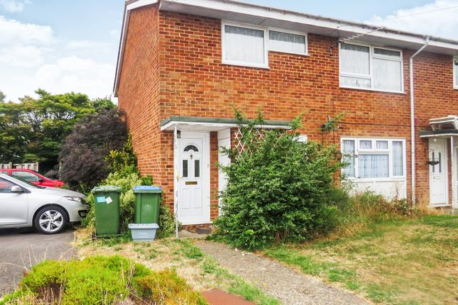 Thumbnail Flat for sale in Dymott Close, Southampton