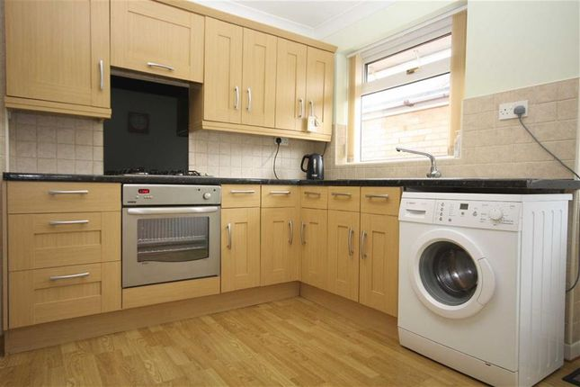 Fitted Kitchen of Wyresdale Drive, Leyland PR25