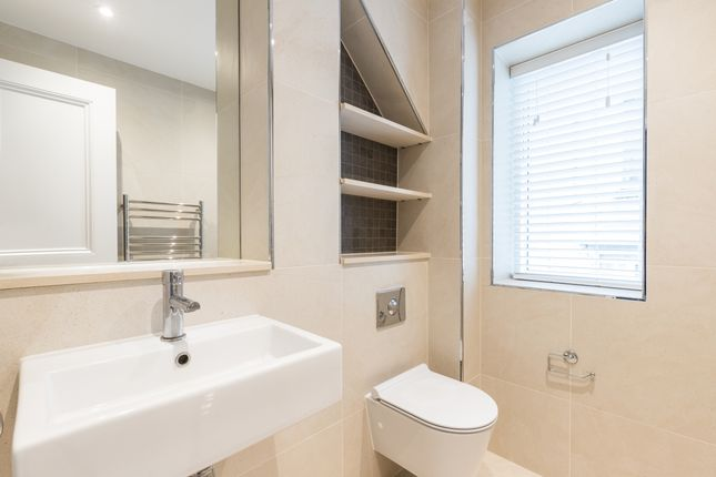 Maisonette to rent in Great Cumberland Place, London