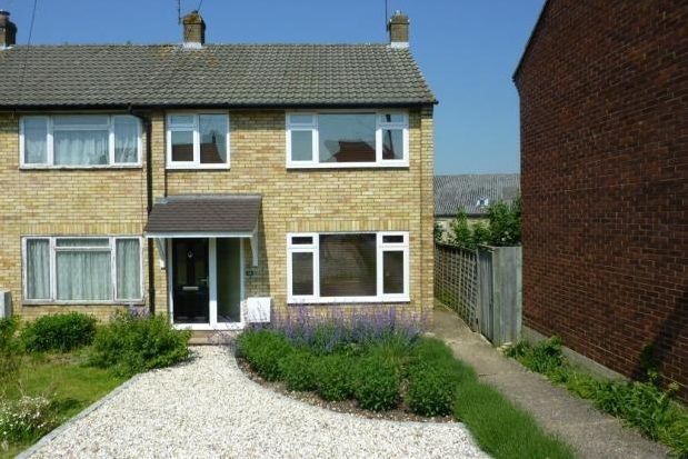 Thumbnail Property to rent in Weydon Hill Close, Farnham
