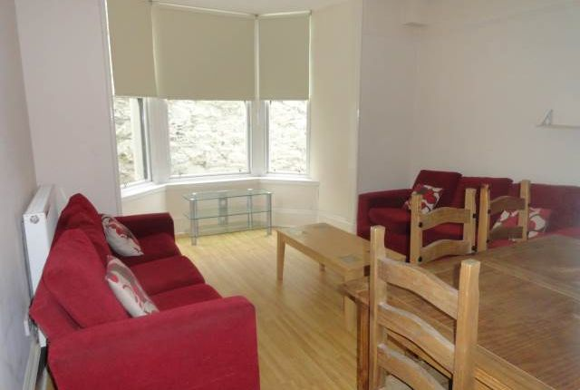 Thumbnail Flat to rent in Constitution Road, Dundee