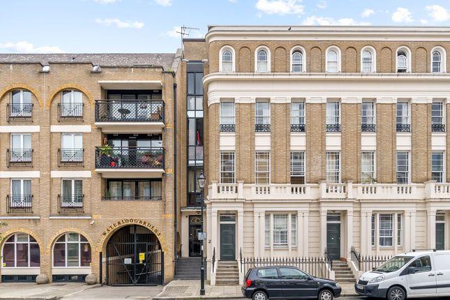 Thumbnail Flat for sale in Milner Sq, London