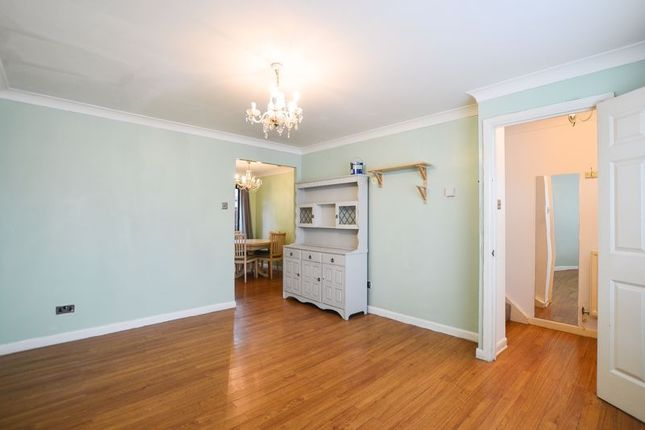 Thumbnail Terraced house to rent in Evelyn Road, London