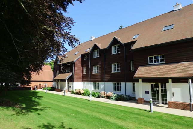 Thumbnail Flat for sale in 4 Eaton Mews, Hungerford