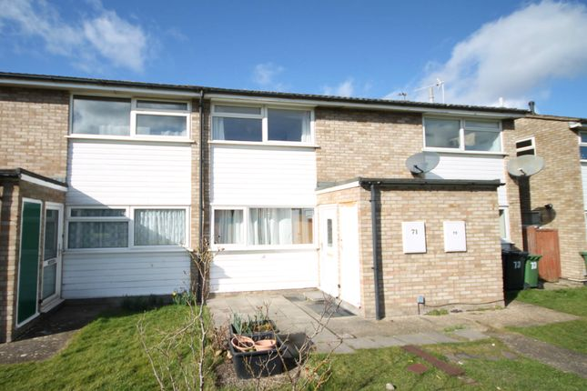 Thumbnail Maisonette to rent in Glenmere Close, Cambridge