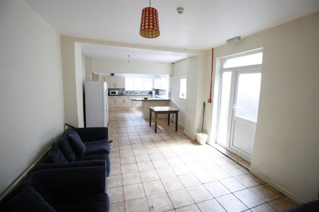 Thumbnail Property to rent in Richmond Road, Cathays, Cardiff