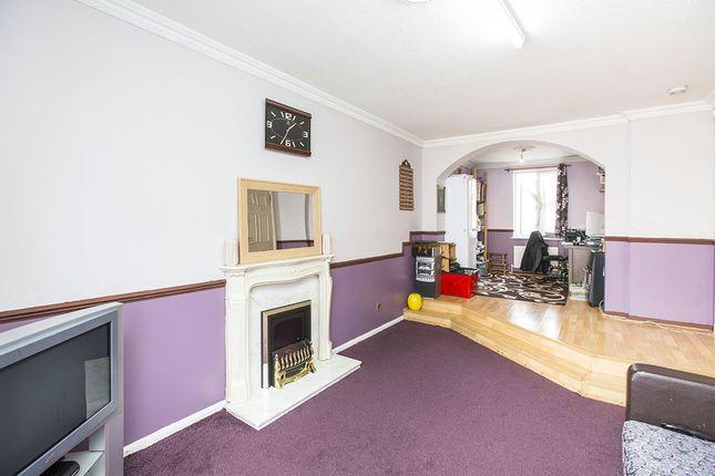 Terraced house for sale in Garnet Walk, London