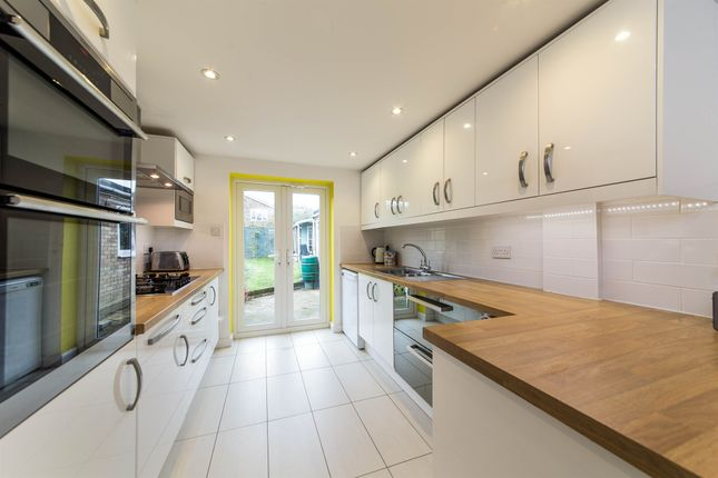 4 bed detached house for sale in Lindum Place, St.Albans