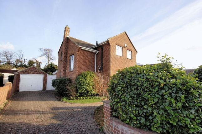 Thumbnail Detached house for sale in Pilgrims Way, Hill Head