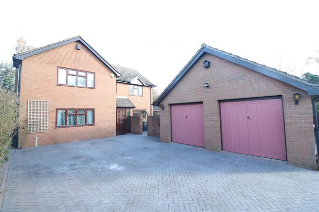 Thumbnail Detached house for sale in Bedford Road, Rushden