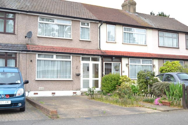 Thumbnail Terraced house to rent in Richards Avenue, Romford
