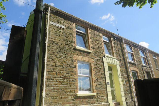 Thumbnail Cottage for sale in Tros Maen, Felinfoel, Llanelli