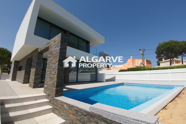 Villa for sale in Vilamoura, 8125, Portugal