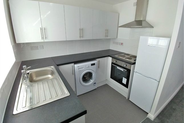 2 bed flat to rent in Kingsway Court, 1 Burroughs Gardens, Liverpool, Merseyside