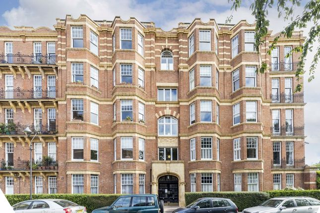 4 bed flat for sale in Sutton Court, Fauconberg Road, London W4