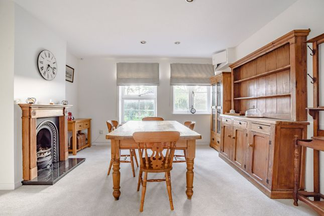 Dining Room of Church Road, Ardley, Bicester OX27