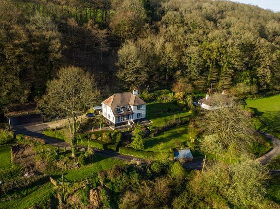 Thumbnail Detached house for sale in Lower Washfield, Tiverton