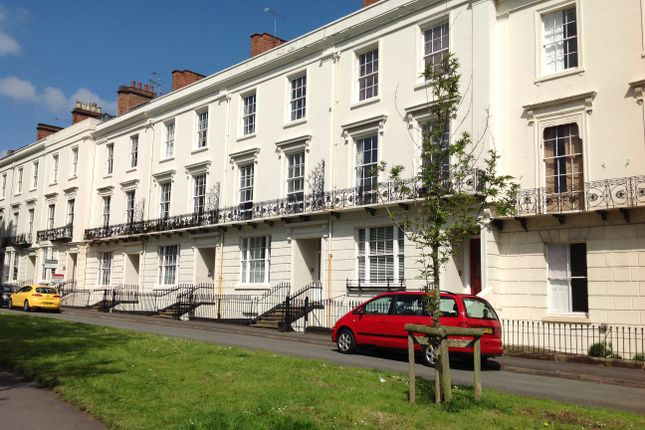 Thumbnail Flat to rent in Bertie Terrace, Leamington Spa