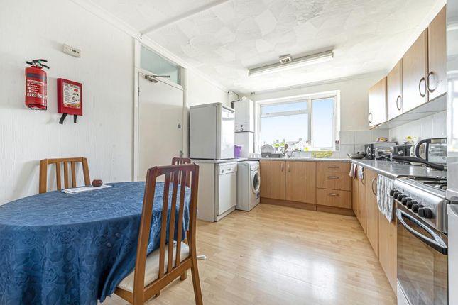 Thumbnail Flat to rent in Surbiton, Surrey