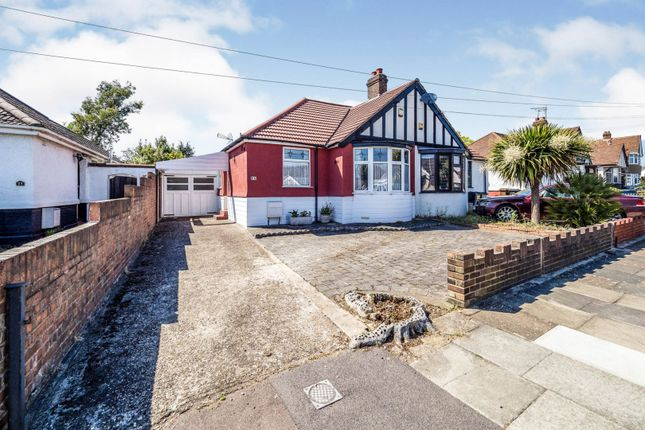 3 bed bungalow for sale in Ashley Avenue, Ilford IG6