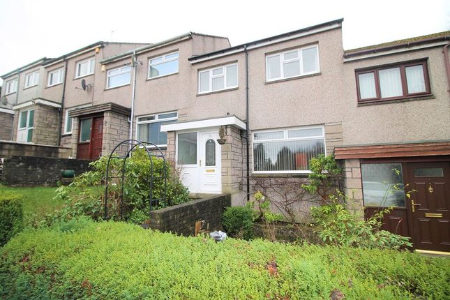 2 bed property to rent in Whitburn Place, Dundee DD3