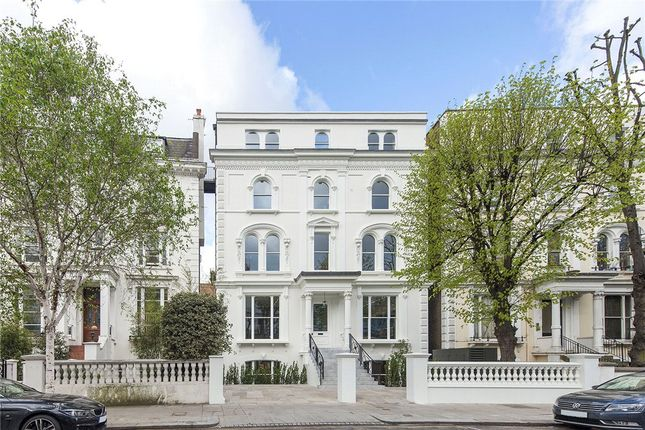 Thumbnail Flat for sale in Pembridge Crescent, Notting Hill, London