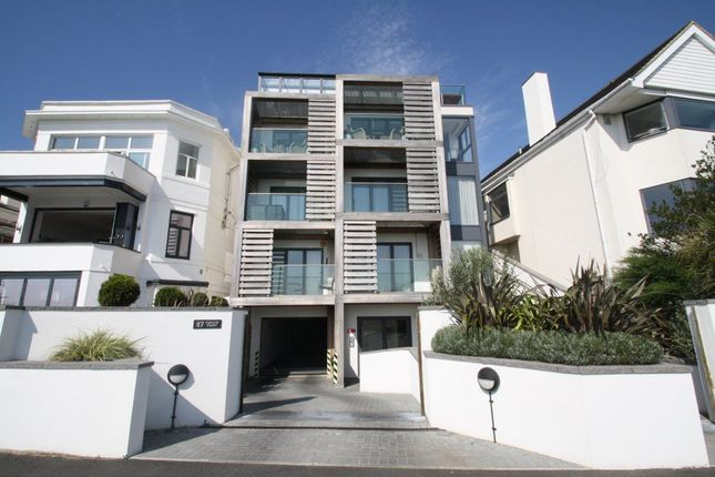 Thumbnail Flat to rent in Chalkwell Esplanade, Westcliff-On-Sea