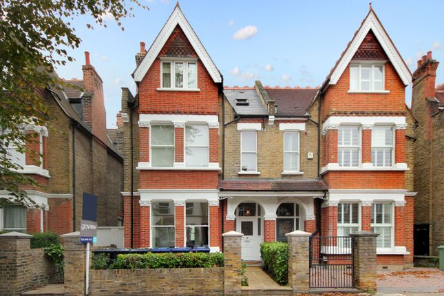 4 bed flat for sale in Kenilworth Road, London W5