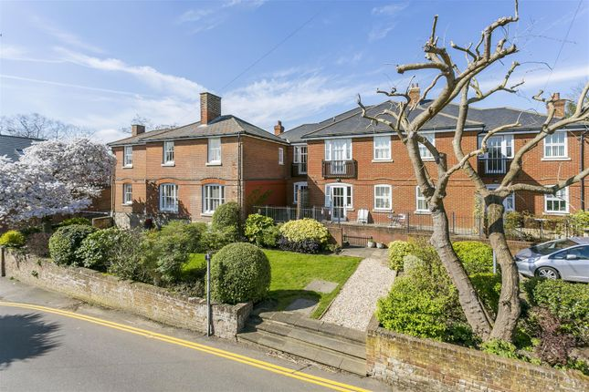Thumbnail Flat for sale in Victoria Place, Police Station Road, West Malling