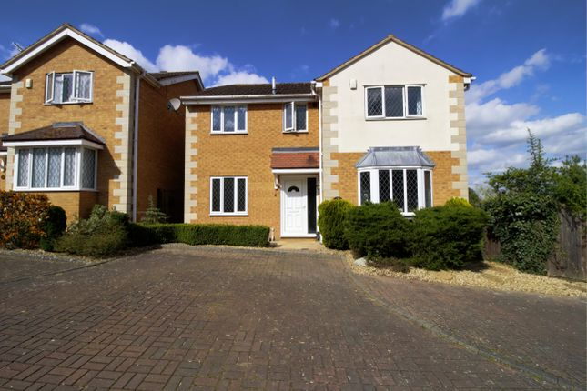 4 bed detached house for sale in Brooke Close, Rushden