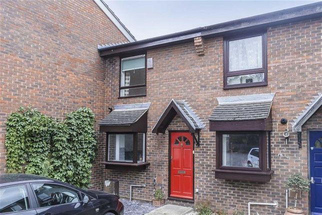 Thumbnail Property for sale in Linnet Mews, Balham
