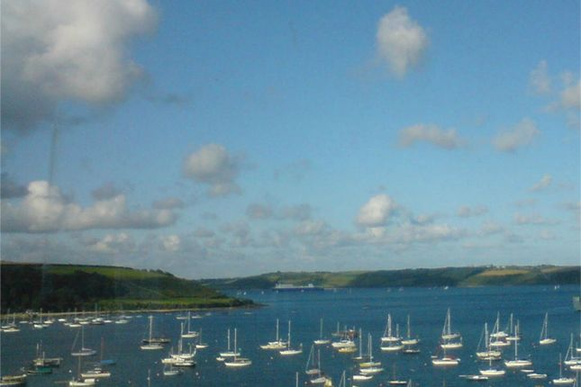 Thumbnail Terraced house to rent in Vernon Place, Falmouth