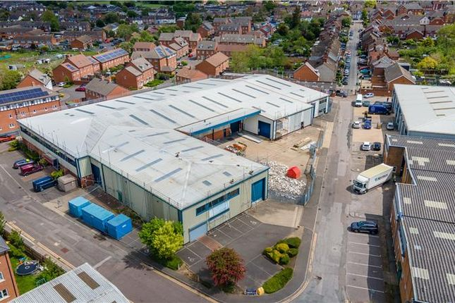 Thumbnail Industrial to let in Unit 22-23 Vale Industrial Estate, Southern Road, Aylesbury