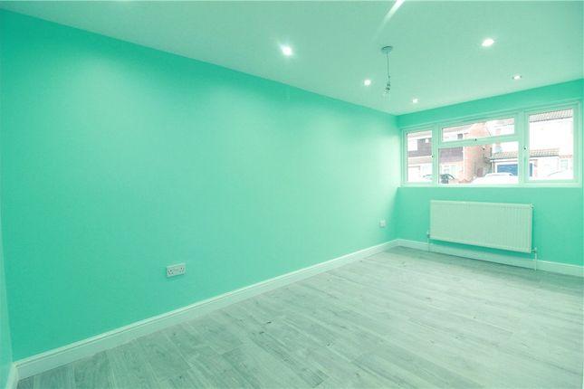 Living Room of Redditch Walk, Coventry, West Midlands CV2