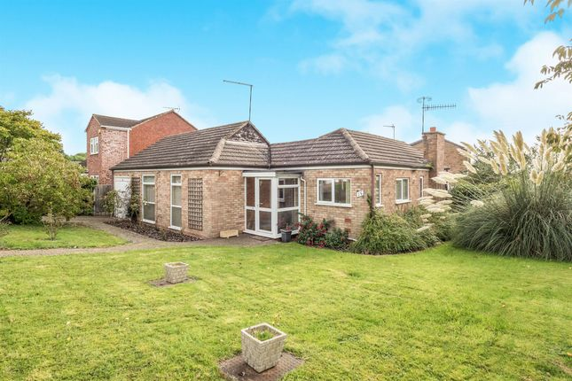 Thumbnail Detached house for sale in Sumner Close, Hampton Magna, Warwick