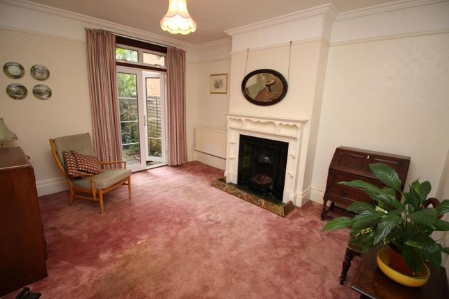 Dining Room of Warwick Road, Reading RG2