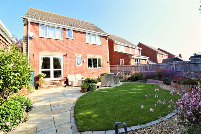 Thumbnail Detached house for sale in The Lillies, Horton Heath, Eastleigh