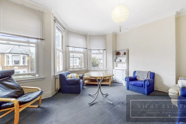 Thumbnail Terraced house to rent in Hampden Road, London