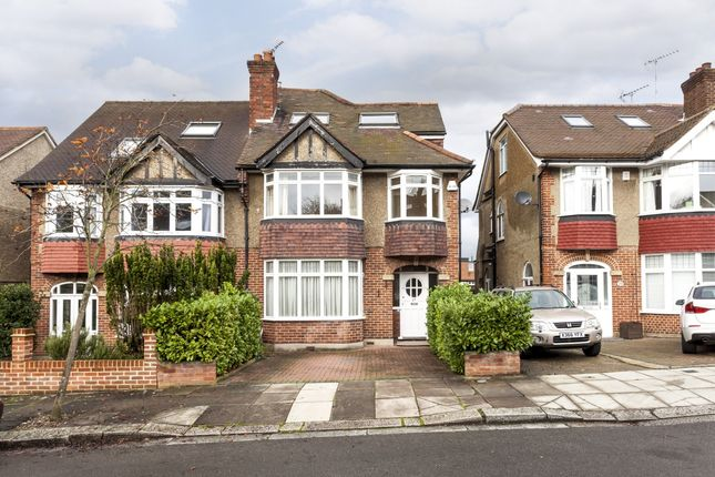Thumbnail Flat to rent in Ainsdale Road, London