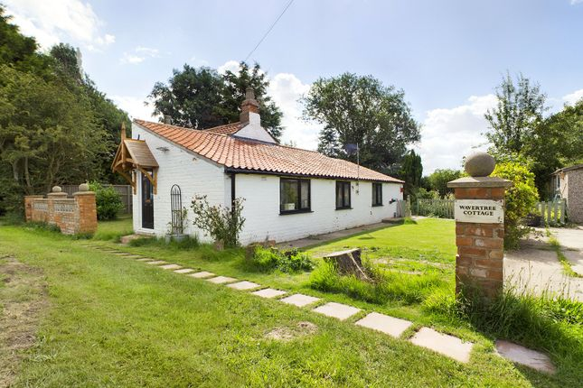 Thumbnail Bungalow for sale in Goxhill Road, Barrow-Upon-Humber, North Lincolnshire