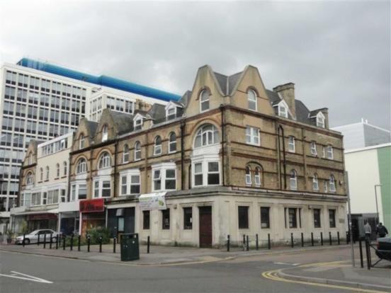 Flat to rent in Holdenhurst Road, Bournemouth