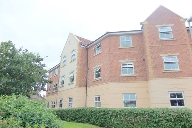 Thumbnail Flat to rent in Cysgod Y Bryn, Rhos On Sea, Colwyn Bay