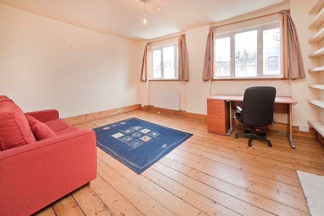 Flat to rent in Kentish Town Road, Camden